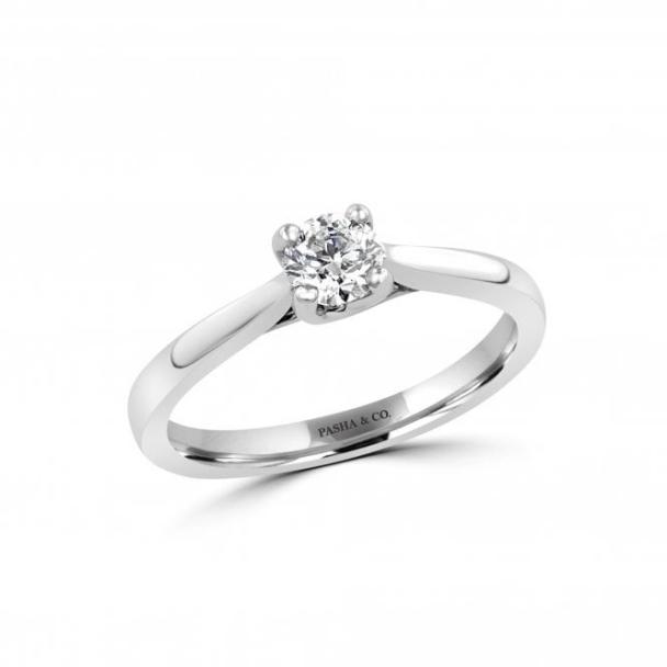 0,39 CT SOLITAIRE DIAMOND RING