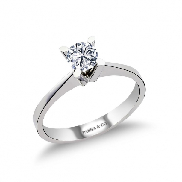 0,60 CT SOLITAIRE DIAMOND RING